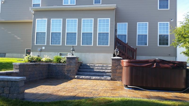 Split level paver patio in Lakeview